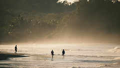 early morning (Bernal Saborio G. (berkuspic)) Tags: beach earlymorning tropicalrainforest costarica people palms waves explore