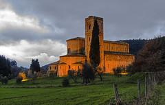S.Antimo (XII cent.) (Fil.ippo) Tags: montalcino santantimo abbazia abbey toscana tuscany italy light d7000 filippo filippobianchi chiesa longexposure nikon