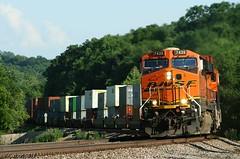 S-Curves & Hills in KC (Jeff Carlson_82) Tags: railroad train ks railway stack hills kansascity kansas curve ge shawnee railfan bnsf scurve zarah intermodal doublestack atsf burlingtonnorthernsantafe es44ac transcon