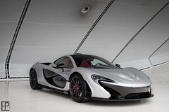 P1 (Edwin Peek) Tags: red car canon naked photography eos grey mac utrecht technology twin sigma automotive super mc turbo mclaren showroom 7d peek brake hyper carbon hybrid exclusive supercar edwin v8 laren p1 calipers louwman exclusief hypercar
