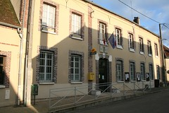 """Mairie de Dixmont • <a style=""""font-size:0.8em;"""" href=""""http://www.flickr.com/photos/125520774@N03/14513315159/"""" target=""""_blank"""">View on Flickr</a>"""