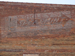 Wrigley's Spearmint gum ghost sign - Clinton Iowa (happily Evan after) Tags: old building sign vintage gum mural paint candy image clinton painted ghost ad iowa advertisement pack spearmint wrigleys