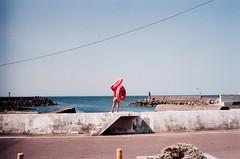 Swim ring Waltz () Tags: leica taiwan fujifilm m3  xtra400 summer2014