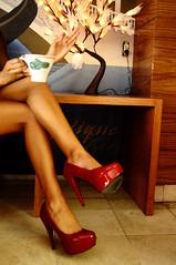 PRODUCTO (Tona Morales) Tags: cake cafe mujer legs shots coke lips drinks labios cocacola bacardi coffe coca sexxy piernas producto refresco pasteles sexygirl prodcut fotografiadeproducto bebidaspreparadas liliancoffe