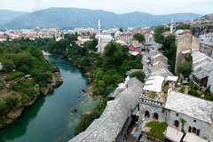 123 Bosnie Herzgovine-Mostar (beatrice.boutetdemvl) Tags: river mostar bosnia rivire roofs neretva islamicarchitecture toits bosnie herzegovine