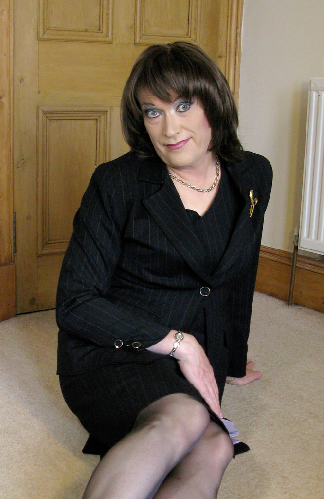 Transvestite dressing scotland