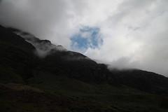 Highlands sky (Thomas Grascoeur) Tags: nature scotland soleil highlands unitedkingdom dramatic glencoe nuages campbell moutain montagnes ecosse clairobscur royaumeuni timberbush spectaculaire thomasgrascoeur