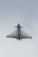 Eurofighter Typhoon FGR4 - 29(R) Sqn, RAF Coningsby (agataurbaniak) Tags: uk sussex nikon westsussex unitedkingdom aircraft aeroplane 300mm airshow tc eurofighter nikkor typhoon raf afs shoreham shorehambysea 2014 d600 shorehamairshow tc17eii 300mm28 30028 tc17e tc17 nikond600 rafconingsby nikkor300mm28 eurofightertyphoonfgr4 agataurbaniak