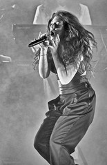 Lorde Plays NYC (undertheradarmag) Tags: usa newyork rock livemusic rockconcert cocnert borderfx
