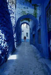 Chefchaouen streets (drclerk) Tags: basilacak chefchaouen leica m7 28mm 35mm summicron summilux streetphotography analog morocco maroc fes tetouan tanger muslims culture africa blue bw