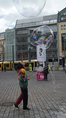 Berlin Hackescher Markt Bubble inna Bubble
