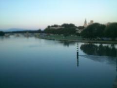 DSC_1218 (KaRiNe_Fr) Tags: bridge france rose river lumire vert rhne bleu pont provence tours soir avignon mont blanc reflets douce palaisdespapes niveau vaucluse ventoux saintbnzet