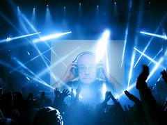 Concert (Leo Reynolds) Tags: webthing photofunia xleol30x xxx2014xxx