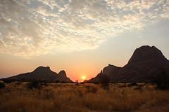 Namibia-3292 (Francesca Braghetta) Tags: africa travel desert dunes dune seal namibia viaggi travelblog namib capecross bellavita avventure viaggiare avventurenelmondo swakopumund viaggiavventurenelmondo wavisbaai sussveil inviaggioconfrancesca