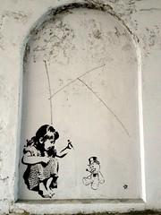 streetartbergen334 (motveggen) Tags: streetart stencil bergen argus gatekunst stensil kvinne sjablong menneske streetartbergen motveggen