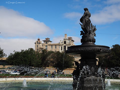 Fuente Le Source (Giorgio Lumaconi) Tags: art southamerica fountain uruguay arte fuente olympus escultura montevideo fontana uruguai em10 parquerodó lesource mirrorless sauvageau uruguaynatural omdem10 fotografosdeuruguay olympuszuiko25mm18