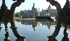 Burg Anholt (Zatato) Tags: wasser garten schlossanholt
