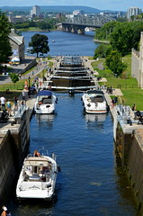 Locks On The Rideau Canal [Ottawa - 8 August 2014] (Doc. Ing.) Tags: city summer ontario canada river canal lock ottawa capital parliament unesco northamerica parliamenthill rideaucanal on 2014