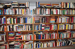 "reparto libri (14) • <a style=""font-size:0.8em;"" href=""http://www.flickr.com/photos/127091789@N04/15348393691/"" target=""_blank"">View on Flickr</a>"