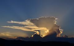 Summer sunset (Márcia Valle) Tags: brasil brazil sunset pordosol entardecer nuvens clouds sky céu juizdefora minasgerais márciavalle nikon d5100
