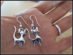 Aretes de gatitos... (MaPeV) Tags: detalles aretes gatos cats chats kawaii felino neko gatti gattini gattoni chat katze gato kitty powershot canon g16