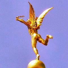 Le Gnie de la Libert, d'Auguste... (7-bc) Tags: sculpture paris france bronze bastille liberte libert uploaded:by=flickstagram instagram:venue=830514 instagram:photo=49829452461200514217785338 instagram:venuename=opc3a9rabastille