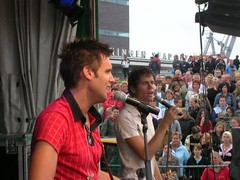 2007 (13)