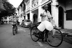 Esplanade Penang (A Slice of Life ) Tags: street people blackandwhite bw heritage bicycle streetphotography streetlife unesco malaysia penang dailylife bnw documentaryphotography pulaupinang fotografijalanan streettogs x100s