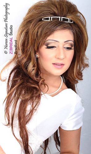 "Z Bridal Makeup Training Academy  68 • <a style=""font-size:0.8em;"" href=""http://www.flickr.com/photos/94861042@N06/14575129387/"" target=""_blank"">View on Flickr</a>"