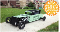 Contest Winner (thegreatlandoni) Tags: green car project weird cool wheels contest headlights winner homedepot plywood doityourself soapboxderby racer ratrod ryobi outoftheordinary exhaustpipes