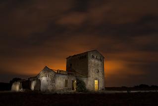 Transformador  foto nocturna en Almansa