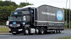 YX11 ARO Goole 01-08-14 (panmanstan) Tags: truck wagon yorkshire transport renault lorry commercial vehicle premium goole hgv a614