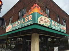 St. Clair Broiler (Nick Sherman) Tags: sign neon lettering saintpaul mn signpainting stclairbroiler