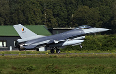 Kleine Brogel Spottersday (urkyurky) Tags: army europe belgium aircraft aviation jets airshow fighters aeroplanes aerobatics belgians warplanes belgianairforce aerobaticteams kleinebrogel