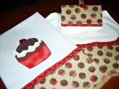 pano de copa e toalha de mo (fatimalt) Tags: handmade cozinha brigadeiro panodecopa batemo