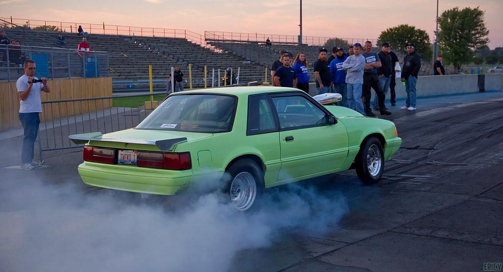 4c29194013a9 TWEKD1 burnout (evogz) Tags  chicago cars car race america drag muscle no  garage