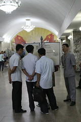 Ponghua Station  Pyongyang Metro (Ray Cunningham) Tags: station underground subway metro north korea torch beacon pyongyang dprk coreadelnorte  ponghwa ponghua