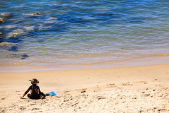 Boy on the beach (Guillaume P. Boppe) Tags: blue boy sea mer france beach water seaside sand eau sable scuba diving bleu suit diver cote plage bord atlantique royan divingsuit charentemaritime stpalais platin saintpalaissurmer