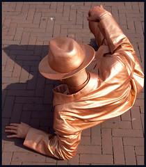 naamloos-21.jpg (hans van egdom) Tags: arnhem livingstatues standbeelden