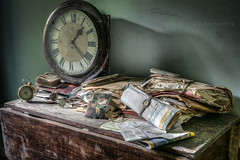 The only reason for time is so that everything doesn't happen at once. (climbing the walls) Tags: old uk light building art history abandoned clock canon table effects antique decay empty urbandecay letters watch naturallight explore forgotten urbanexploration papers abandonedhouse vacant disused wristwatch dust exploration derelict abandonment ux decayed alarmclock urbanexploring abandonedbuilding urbex leftbehind abandonedplaces derelictbuilding climbingthewalls urbanexplore