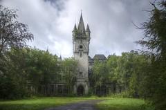 Chateau Noisy (RickyJanse) Tags: castle abandoned nikon belgium decay forgotten urbanexploration grime miranda chateau noisy urbex forbiddenplaces forgottenplaces d5100 urbexworld