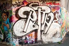 Ratswegkreisel_Next Generation (48 von 118) (ratswegkreisel) Tags: boss streetart trash graffiti kent oscar 2000 dj dusk frankfurt ghost spot squad rise rms stencilart cor flap binding peng champ spraycanart brutal wildstyle asad imr tnb savas lio sge zorin streetartfrankfurt epik 47w frankfurtstreetart yesta shitso mainbrand mainstyle ratswegkreisel staticforce zepiin rtswgkrsl frankfurtrtswgkrsl