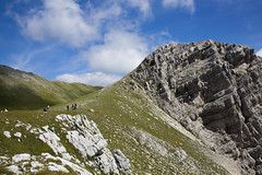 Escursione a Palazzo Borghese (Risorse Cooperativa) Tags: stella parco mountains tourism nature trekking wilderness palazzo active monti borghese cooperativa nazionale pastori sibillini azzurri escursioni camoscio risorse