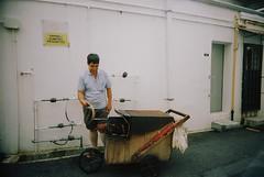 F1010032 (l.elliot) Tags: street film iso800 lomography singapore clone vivitar bugis tiongbahru ultrawideslim blackslimdevil
