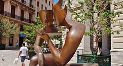 street sculpture bronze artwork hands havana cuba heads conversation talkingheads teteatete têteàtête theconversation talkingthingsover etiennepirot