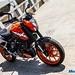 2017-KTM-Duke-200-3