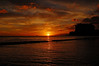 """""""χαλεπά τα καλά"""" (jcc55883) Tags: ocean sunset sky sun silhouette clouds hawaii nikon waikiki oahu horizon pacificocean waikikibeach nationalgeographic yabbadabbadoo d40 kuhiobeachpark nikond40"""