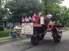 Big Tractor (jessamyn) Tags: tractor vermont parade fourthofjuly july4th 4thofjuly randolph randolphvt farmallfix