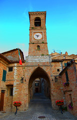 Piticchio (sandpipers81) Tags: sky italy art architecture nikon italia arte cielo architettura marche vacanza piticchio d40 nikond40