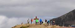 TURISTI SULLA CIMA DEL TIMMELSJOCH COLORI CROCE (aldofurlanetto) Tags: colori cima croce turisti timmelsjoch